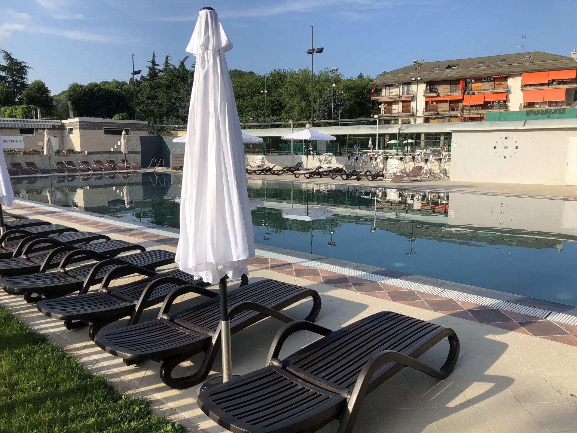 Piscina all 39 aperto a torino moncalieri - Palestre con piscina torino ...